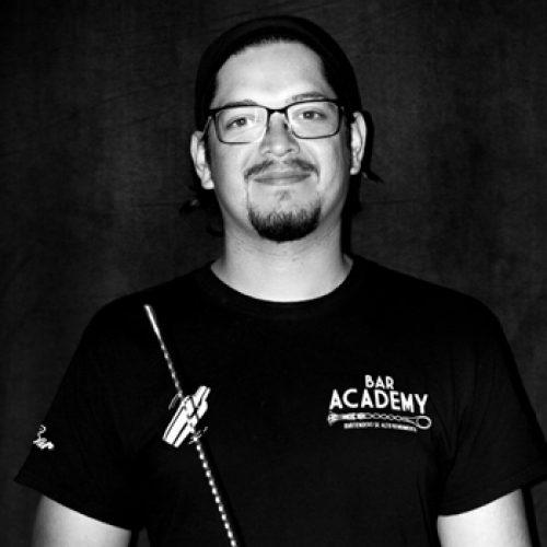 instructor-carlos-oyarzun